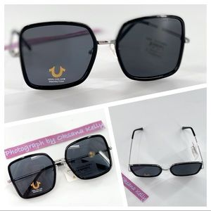 Try Religion Black Sunglasses TR 4123   56/18/140